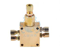 JS4型油气分配器